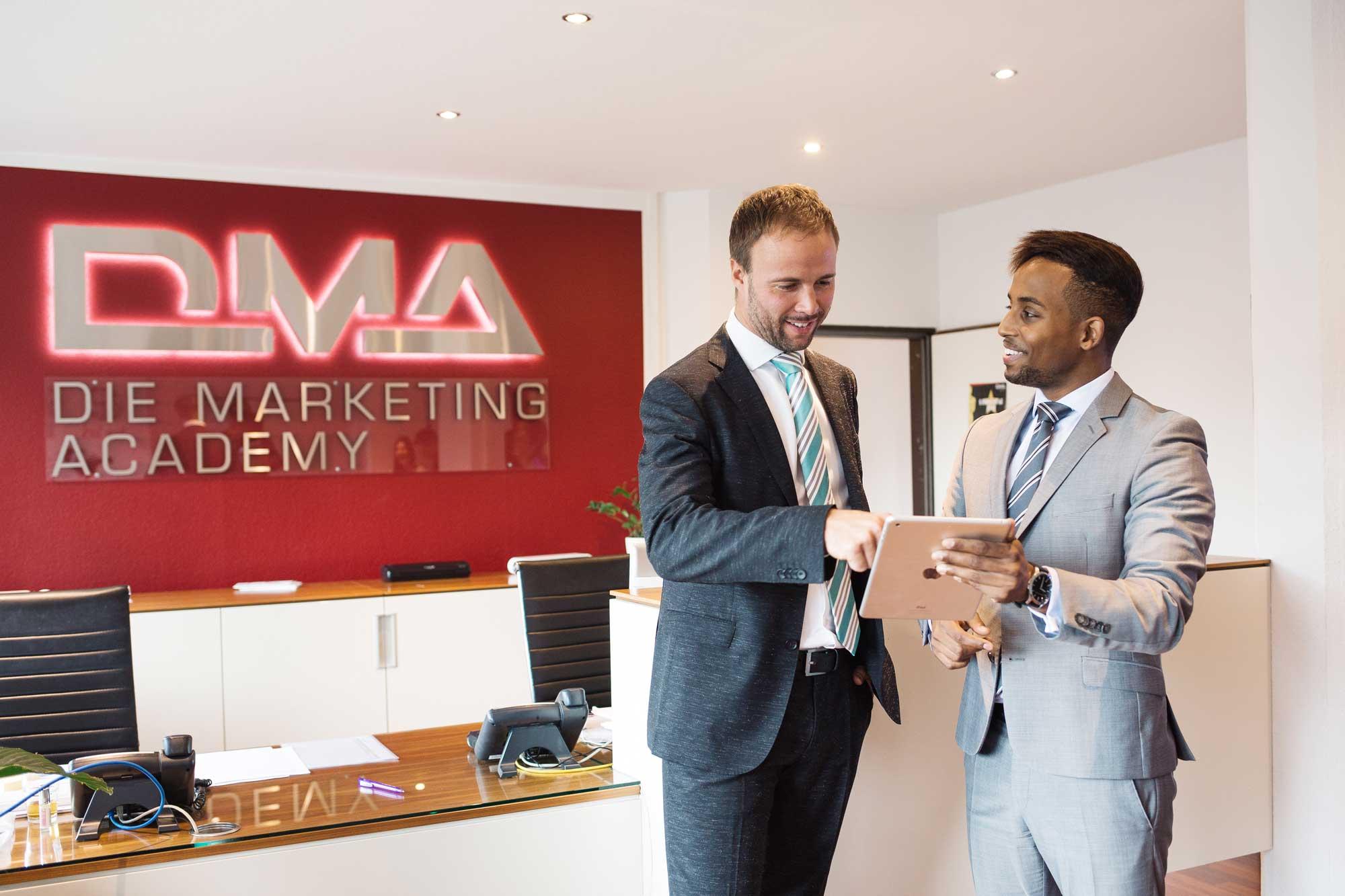 Karriere bei DMA, Die Marketing Academy